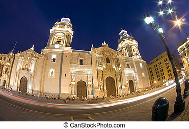 catedral on plaza de armas plaza mayor lima peru - catedral...