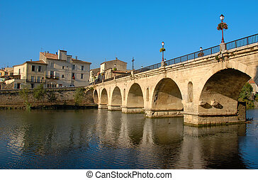 sommieres bridge