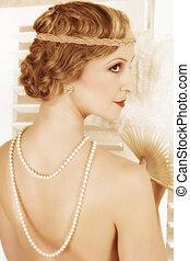 Retro twenties hairstyle - Detail of the twenties hairstyle...