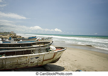 fishing boat pacific ruta del sol ecuador - fishing boats...
