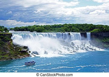 American falls seen from the Canadian side - Maid of the...
