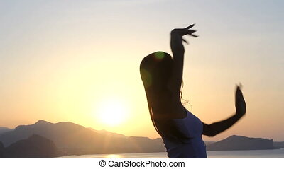 girl dancing silhouette