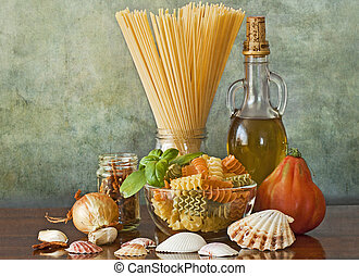 Italian pasta sailor style with clams and tomato sauce