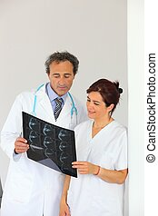 Radiologist getting a second opinion