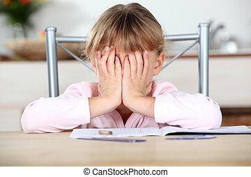 frustrado, niño, incapaz, completo, ella, deberes