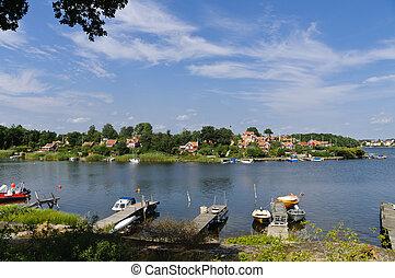 Red cottages in Br?ndaholm , Sweden - Swedish cottages on...