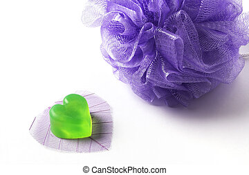 Bast whisp and a heart-shaped soap - Violet bast whisp and a...