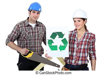 hombre, mujer, se paró, Sierra, reciclaje, logotipo