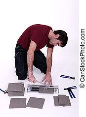 Tile cutter