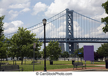 Benjamin Franklin Bridge - The Benjamin Franklin Bridge in...