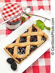 blackberry tarte
