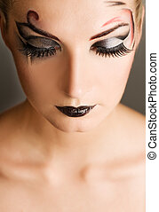 Creative fashion make-up