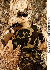 bonito, mulher, soldado, franco-atirador, rifle