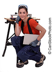 Female tile cutter