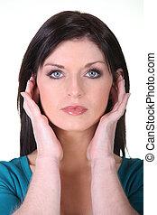 mulher, cobertura, dela, orelhas