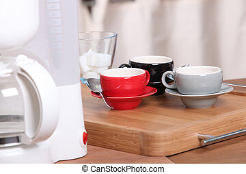 Filter coffee machine and expresso cups