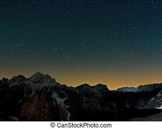 Mountain stars time lapse