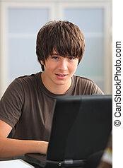 Menino, adolescente, seu, linha, dever casa