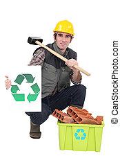 Retrato, pedreiro, mostrando, reciclagem, logotipo