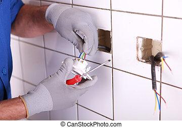 hands of electrician
