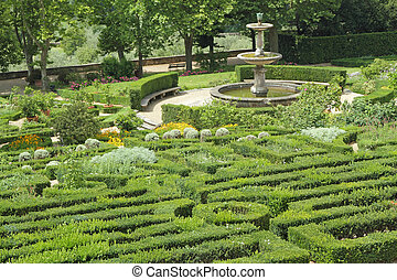 italian ornamental garden - Garden of one of the Medici...