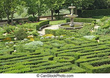 italian ornamental garden - Garden of one of the Medici...