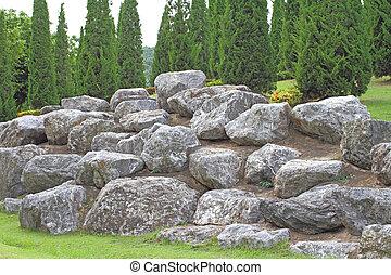 Mound rock