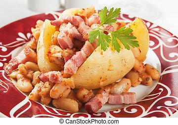 Jacket potato with white beans and bacon - Jacket potato...
