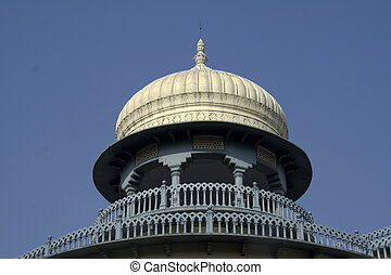 Circular Balcony and Dome - Circular Balcony at top of Anand...