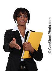 afroamericano, mujer, saludo, alguien