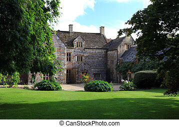 Grand gatehouse in dorset england - England traditional...