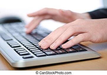Manos, mecanografía, teclado