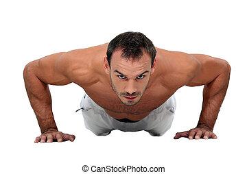 Um, homem, push-ups