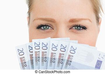 fim, cima, mulher, rosto, escondido, Euro, notas