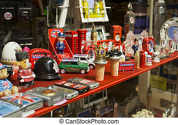 Souvenir shop window in London - Souvenir shop window...