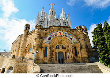 temple tibidabo - Temple on mountain top - Tibidabo in...