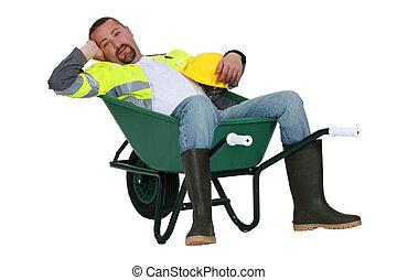 caído, preguiçoso, trabalhador, carrinho de mão