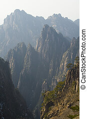 Huangshan - The famous Huangshan (Yellow Mountains) of China