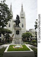 simon bolivar park guayaquil ecuador - statue simon bolivar...
