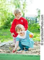 Areia, crianças, tocando, dois