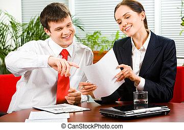 Conversation - Portrait of business man explaining a new...