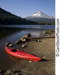 Kayak on Trillium Lake - Kayak On Trillium Lake At Mount...