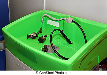Parts washer - Ecological parts washer with circulation...