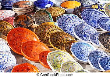 Ceramic decorated plates from Tunisia