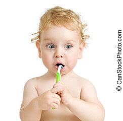 niño, cepillado, dientes, aislado, blanco