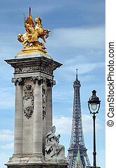Column. - Column with gilded sculpture on the Pont Alexandre...