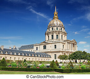 Invalides. - Chapel of Saint-Louis-des-Invalides, built 1679...
