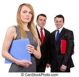 Tre, affari, Persone
