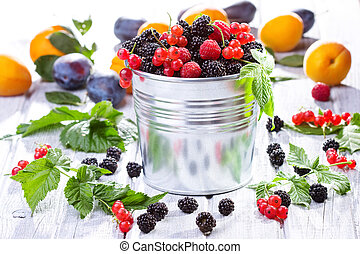fresh berries with leafs