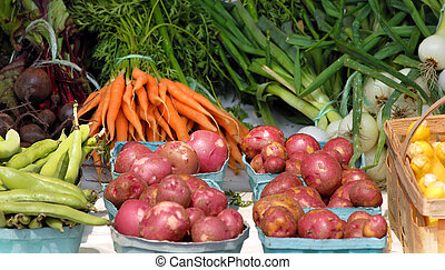 Amish produce - Amish vegetable stand in western New York is...